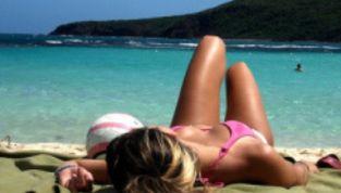 Come conquistare una ragazza in spiaggia