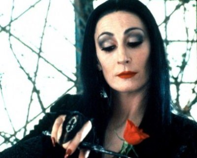 Trucco Halloween Morticia Addams  video tutorial e consigli per un perfetto make  up 73b3f7b7b765