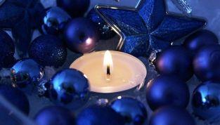 Addobbi natalizi 2011: i colori moda sono il viola, il blu e il bianco