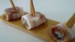 Bocconcini di bacon, albicocca e Roquefort
