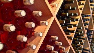 Come conservare e servire il vino