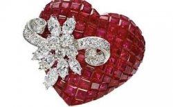 Gioielli San Valentino: le idee regalo più apprezzate dalle donne e dagli uomini