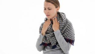 Curare il mal di gola con rimedi naturali