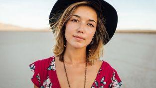 Elena Mirò collezione primavera/estate 2012: fashion curvy a tutto colore