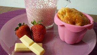 Mini cakes alle fragole e cioccolato bianco