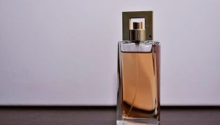 Dita Von Teese, il profumo