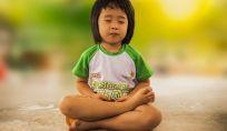 Yoga per bambini, una disciplina che fa bene anche al corpo e alla mente dei bimbi