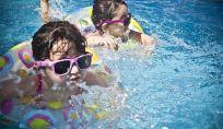 Come far superare la paura dell'acqua ai bambini
