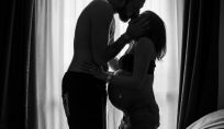 Mantenere l'intimità con il proprio compagno anche durante la gravidanza