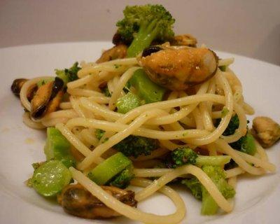 Spaghetti cozze e broccoli un primo davvero originale for Spaghetti ricette