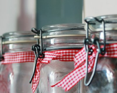 vasetti zucchero profumVasetti con zucchero profumato da regalare