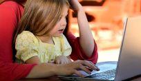 I pericoli per i ragazzi che si trovano online.