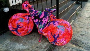 Urban Knitting: un modo divertente per colorare le nostre città!