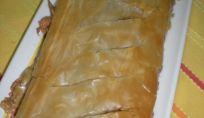 Rotolo di pasta fillo con funghi e spinaci