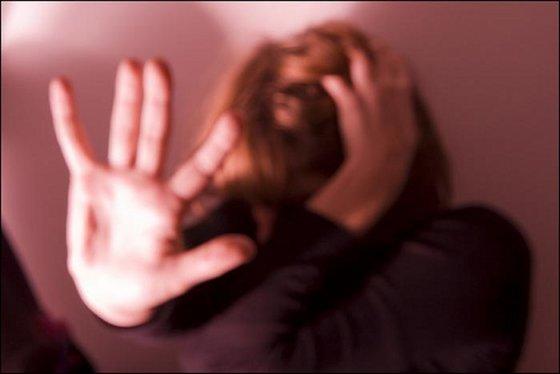 Violenza sulle donne aprile 2013