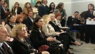 Violenza sulle donne: la Boldrini partecipa al convegno