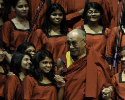 Dalai Lama: possibilità di un successore donna