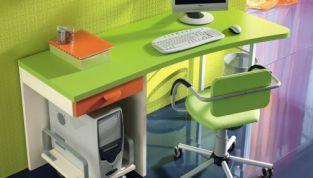 Una scrivania in poco spazio