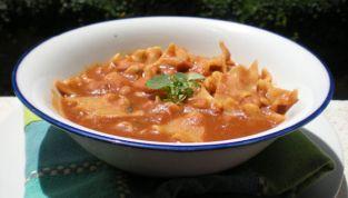 Tacconelli in zuppa di fagioli e paprika