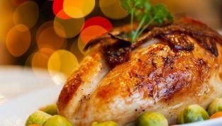 Spreco alimentare sotto Natale: cibo dalla tavola alla spazzatura
