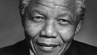 Muore Nelson Mandela, l'eroe anti-apartheid