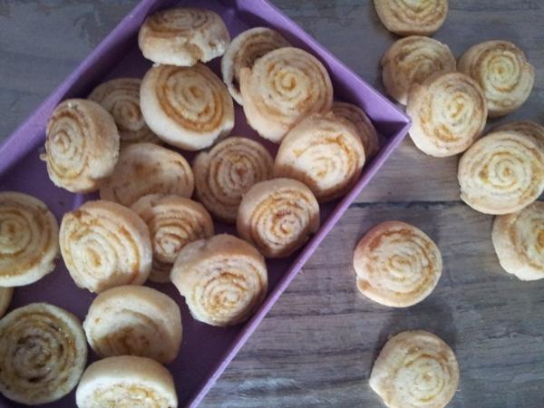 Biscotti di pastafrolla agli agrumi