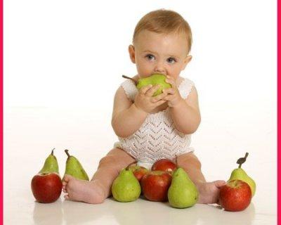 Frutta per bambini da 4 mesi a 2 anni e oltre