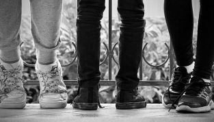 Tendenze moda primavera/estate 2014: look sporty chic