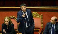 Renzi incassa la fiducia del Senato, ora punta alla Camera