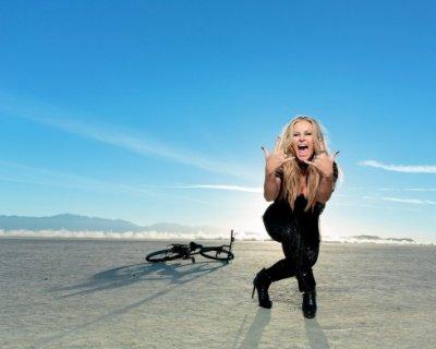 """Anastacia ha sconfitto il tumore. Ora ritorna con l'album """"Resurrection"""""""