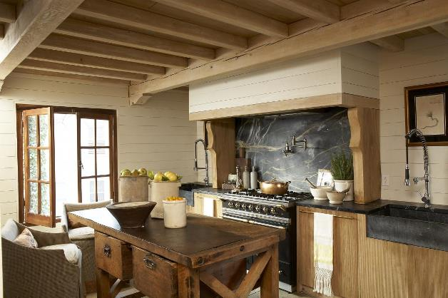 Arredamento stile country una casa dal sapore rustico e for Old country style kitchen ideas