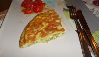 Frittata di asparagi per portare la primavera in tavola