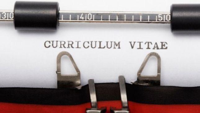Come si fa un curriculum perfetto? Le 5 cose che non devono mancare