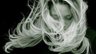 Come rinforzare i capelli