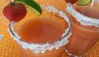 Acqua fresca alla fragola e cetriolo