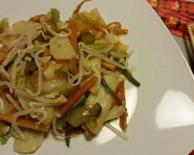 Gnocchi di riso cinesi con carote e zucchine for Ricette cinesi riso