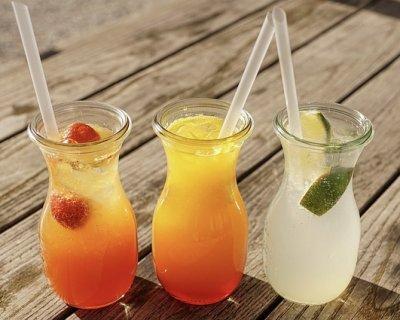 10 ingredienti sani per i cocktail estivi