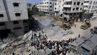 Gaza, sfuma la tregua. Colpiti tre leader di Hamas