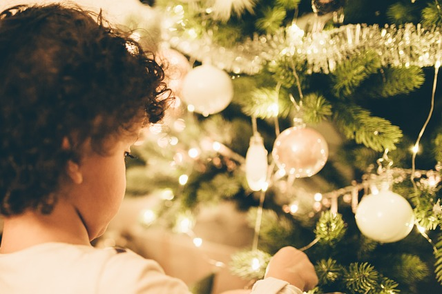 Bambini E Il Natale Immagini.Bambini E Natale Come Lo Vivono E Cosa Si Aspettano