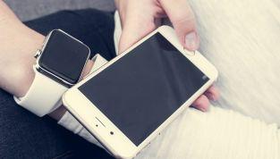 """iPhone 6 ed Apple Watch, le novità della """"mela"""""""
