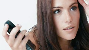 Strategie per ritoccare la ricrescita dei capelli