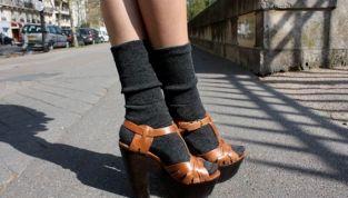 Sandali e calzini: lo street style trend