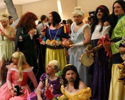 Costumi Halloween Di Gruppo.Costumi Di Gruppo Per Halloween
