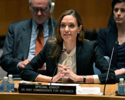 Angelina Jolie: «Non escludo l'ingresso in politica»