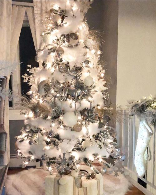 Alberi Di Natale Bianchi E Rossi.Albero Natale Bianco