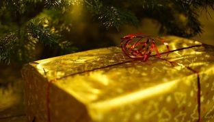 Regali fashion e low cost: le proposte per Natale 2014