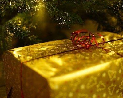 5eb35a8f38 Regali fashion e low cost: le proposte per Natale 2014