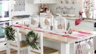 Apparecchiare la tavola di Natale in stile shabby chic