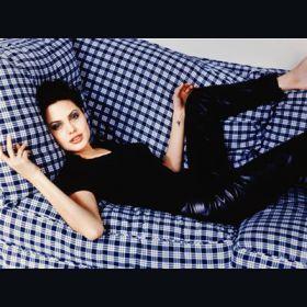 Angelina Jolie - Foto 13